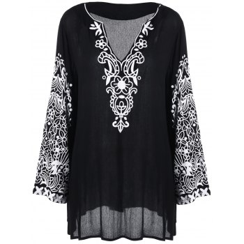 Plus Size Graphic Flare Sleeve Longline Blouse