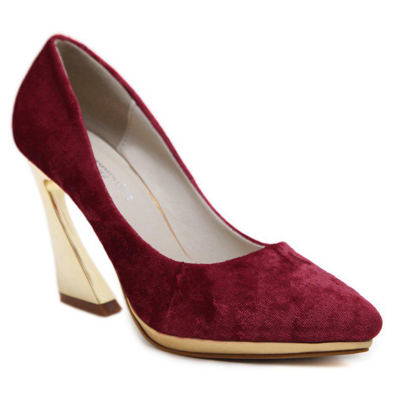 High-polish Heel Point Toe Pumps - RED 40