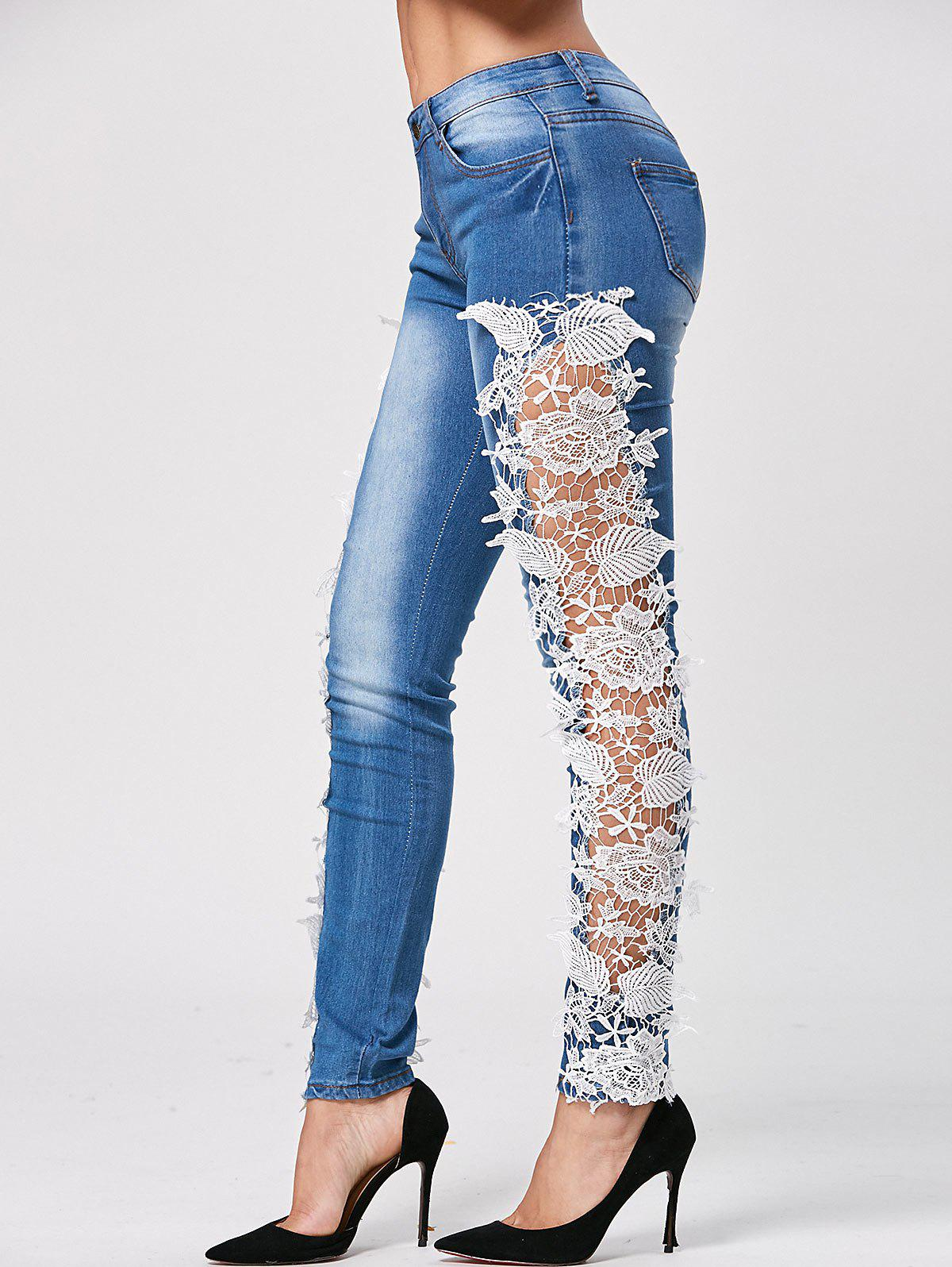 Trendy Style Crochet Flower Splicing Women's Jeans - LIGHT BLUE S