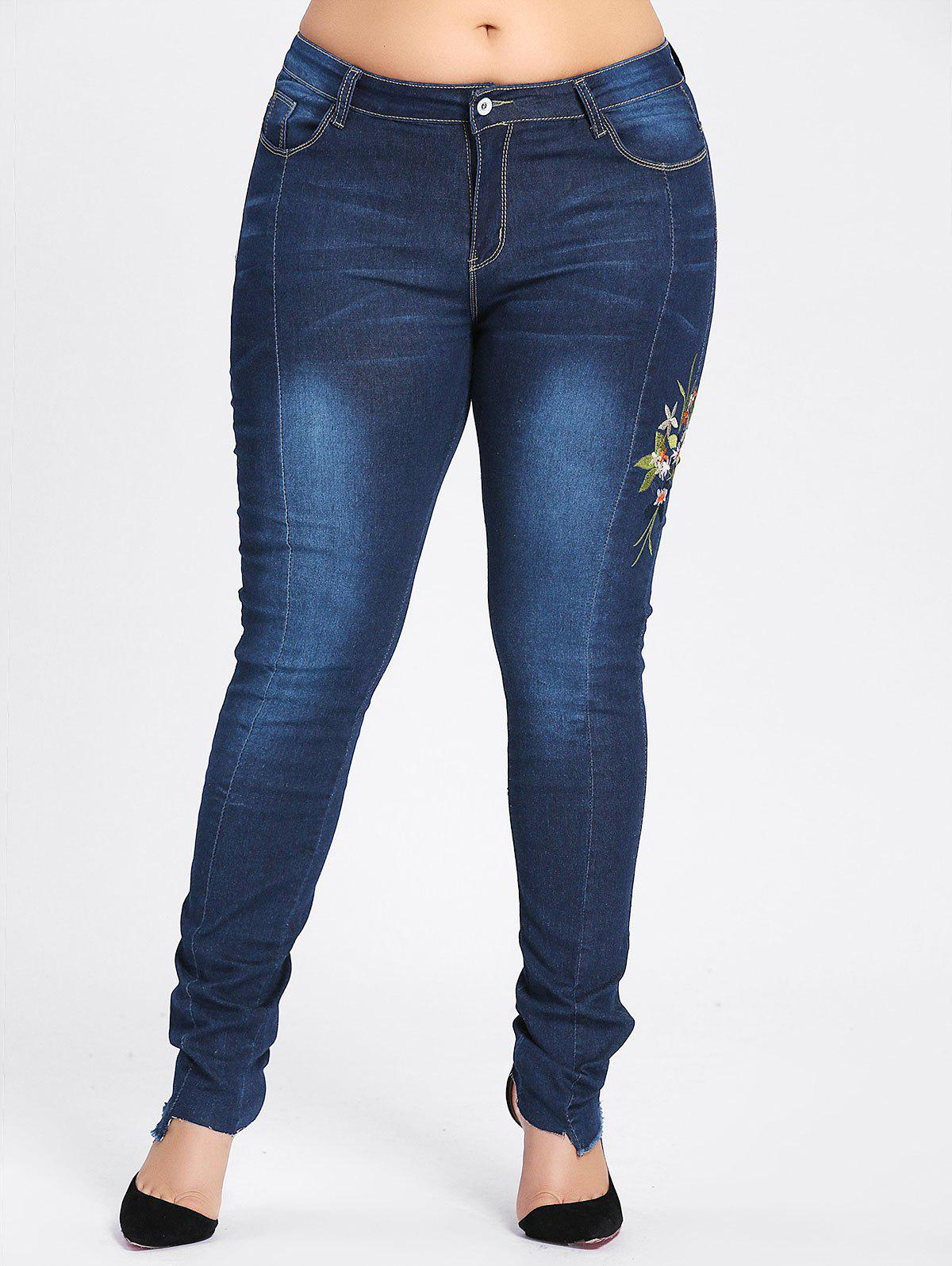 Plus Size Dark Wash Flower Embroidered Jeans - CERULEAN 3XL