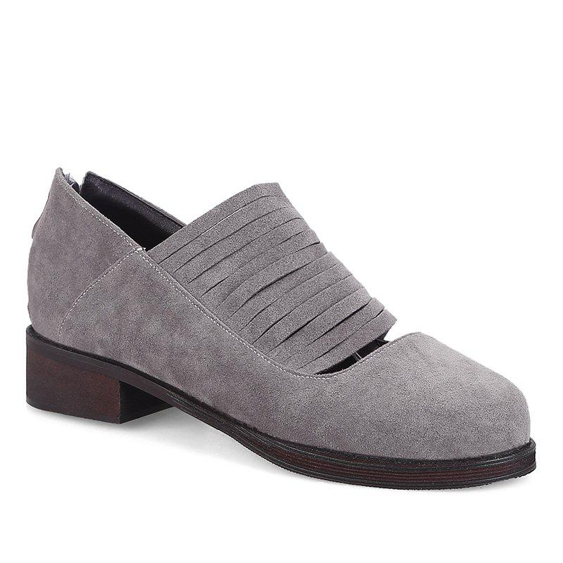 Hollow Out Fringe Low Heel Flat Shoes - Gris 34