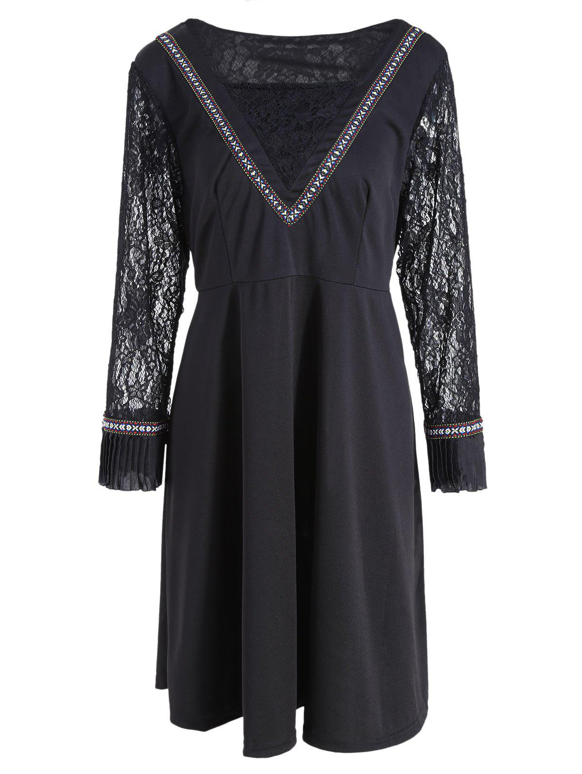Lace Panel Bell Sleeve Plus Size Knee Length Dress - BLACK 3XL