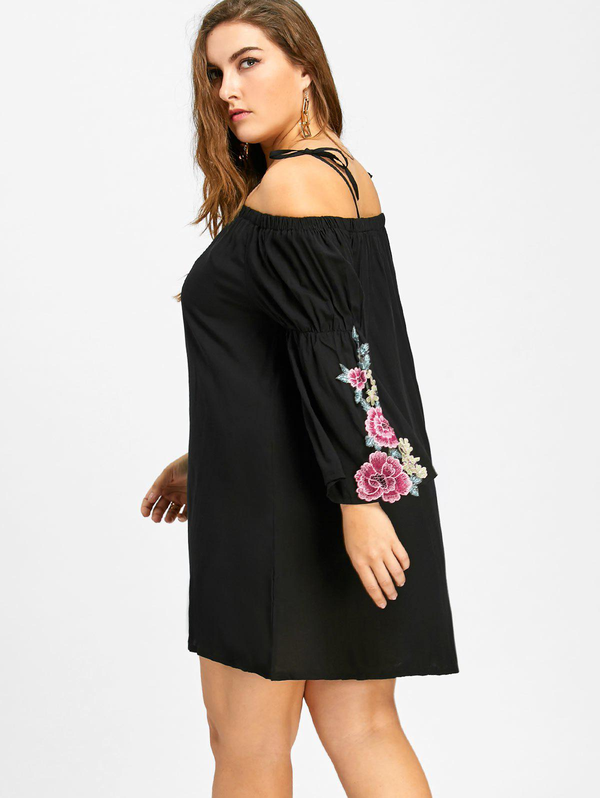 Floral Bell Sleeve Cold Shoulder Plus Size Dress - BLACK XL