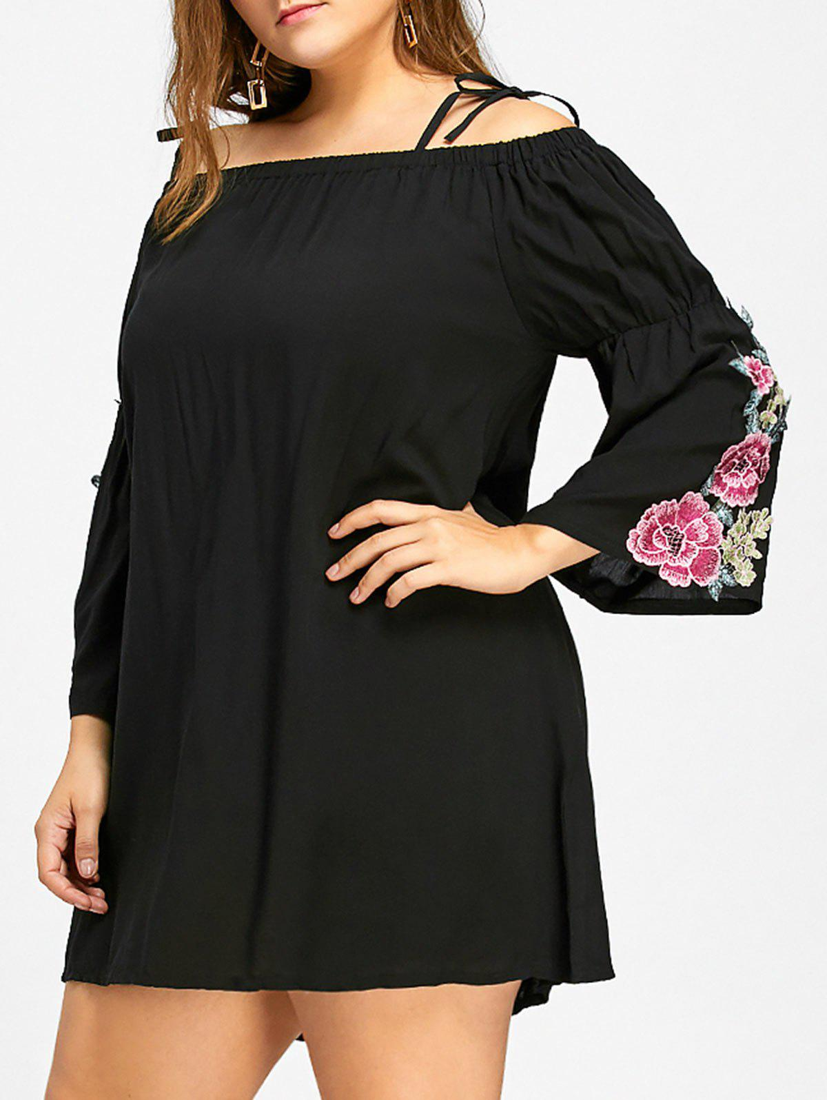 Floral Bell Sleeve Cold Shoulder Plus Size Dress - BLACK 4XL