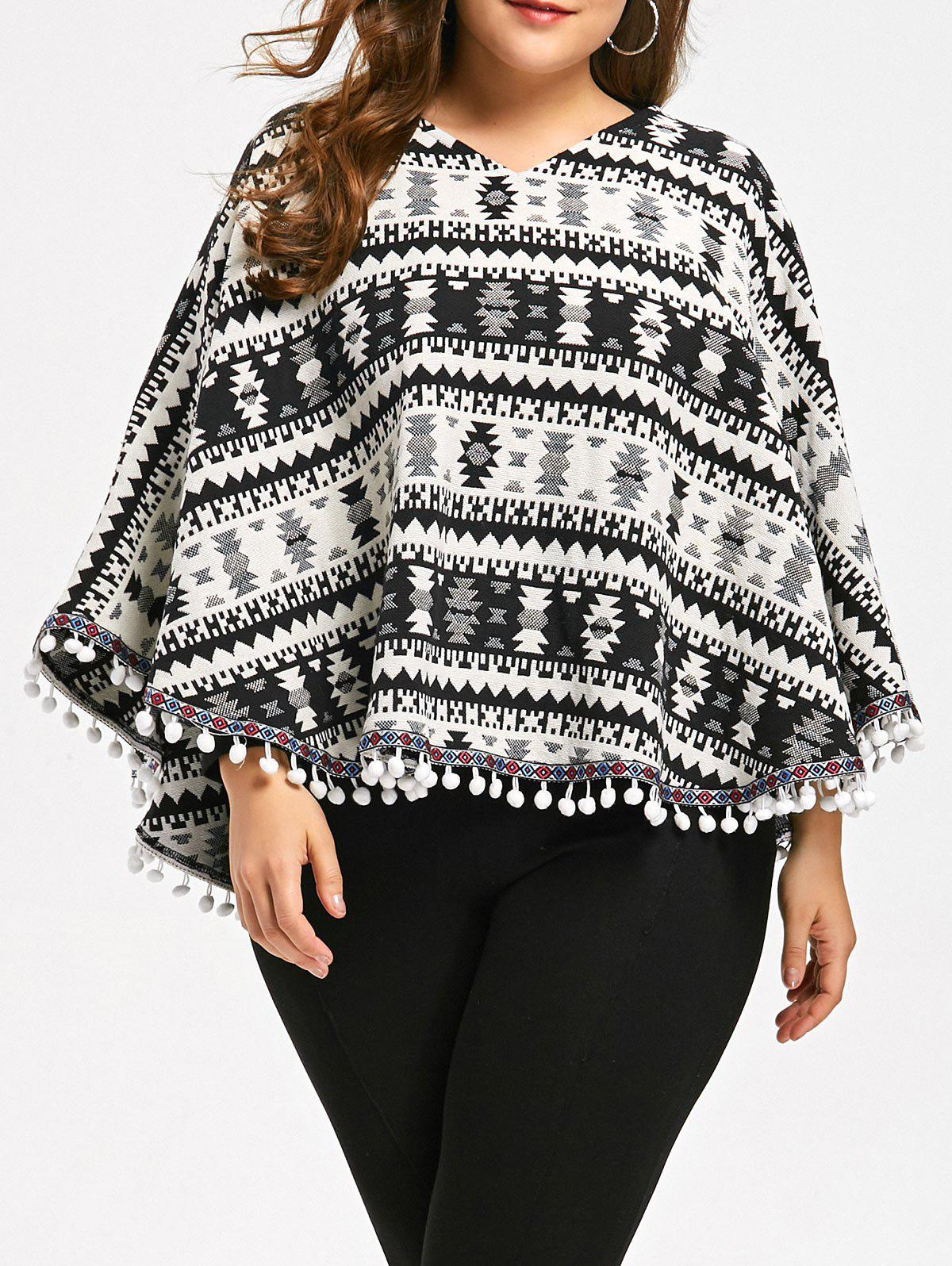 Plus Size Tassels Geometry Cape Sweater - COLORMIX 5XL