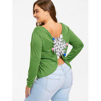 Plus Size Snowflake Patches Christmas Slit T-shirt - GREEN 5XL