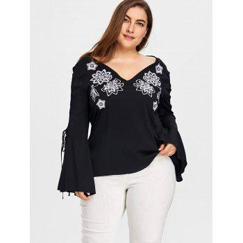 Plus Size Cutout Sleeve V-neck Embroidery Blouse - BLACK 4XL