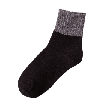Pair of Color Splice Pattern Crew Socks - BLACK