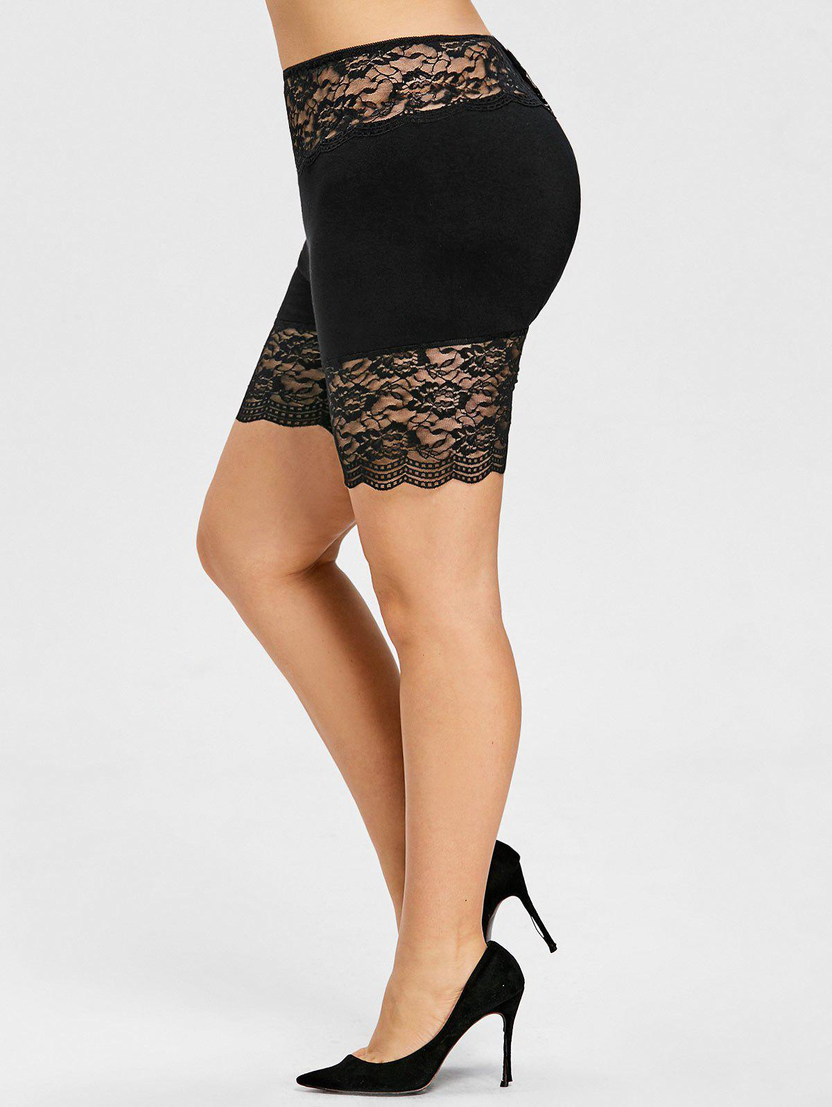 Plus Size High Waist Scalloped Shorts - BLACK 2XL
