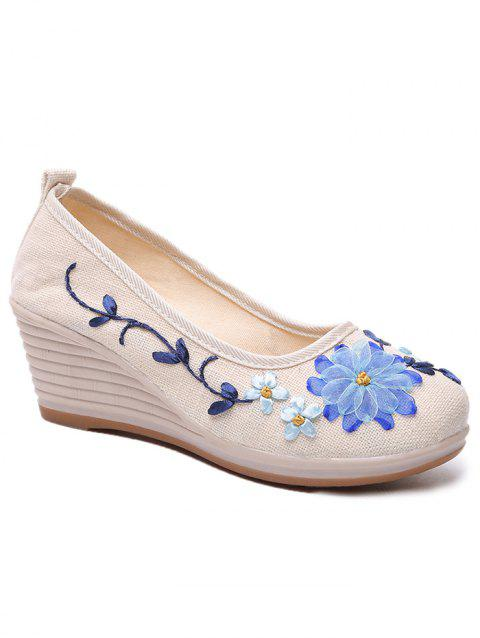 Floral Decorated Ethnic Wedge Shoes - WHITE 37