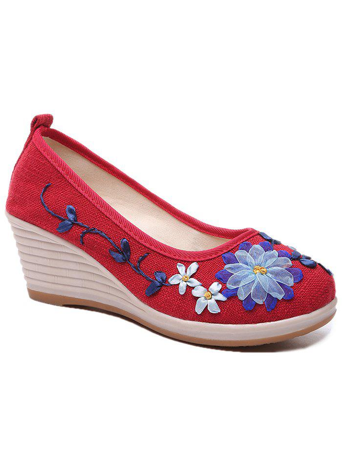 Floral Decorated Ethnic Wedge Shoes - RED 36