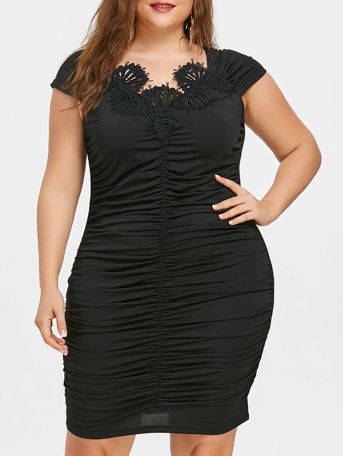 Plus Size Cap Sleeve Lace Appliqued Ruched Dress