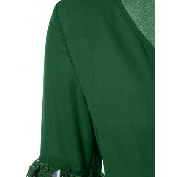 Bell Sleeve Color Block Applique Blouse - MEDIUM FOREST GREEN XL
