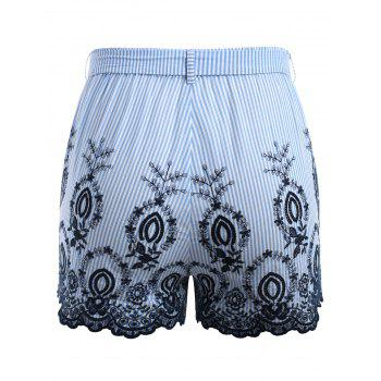 Plus Size Embroidery Striped Scalloped Shorts - LIGHT BLUE 3X