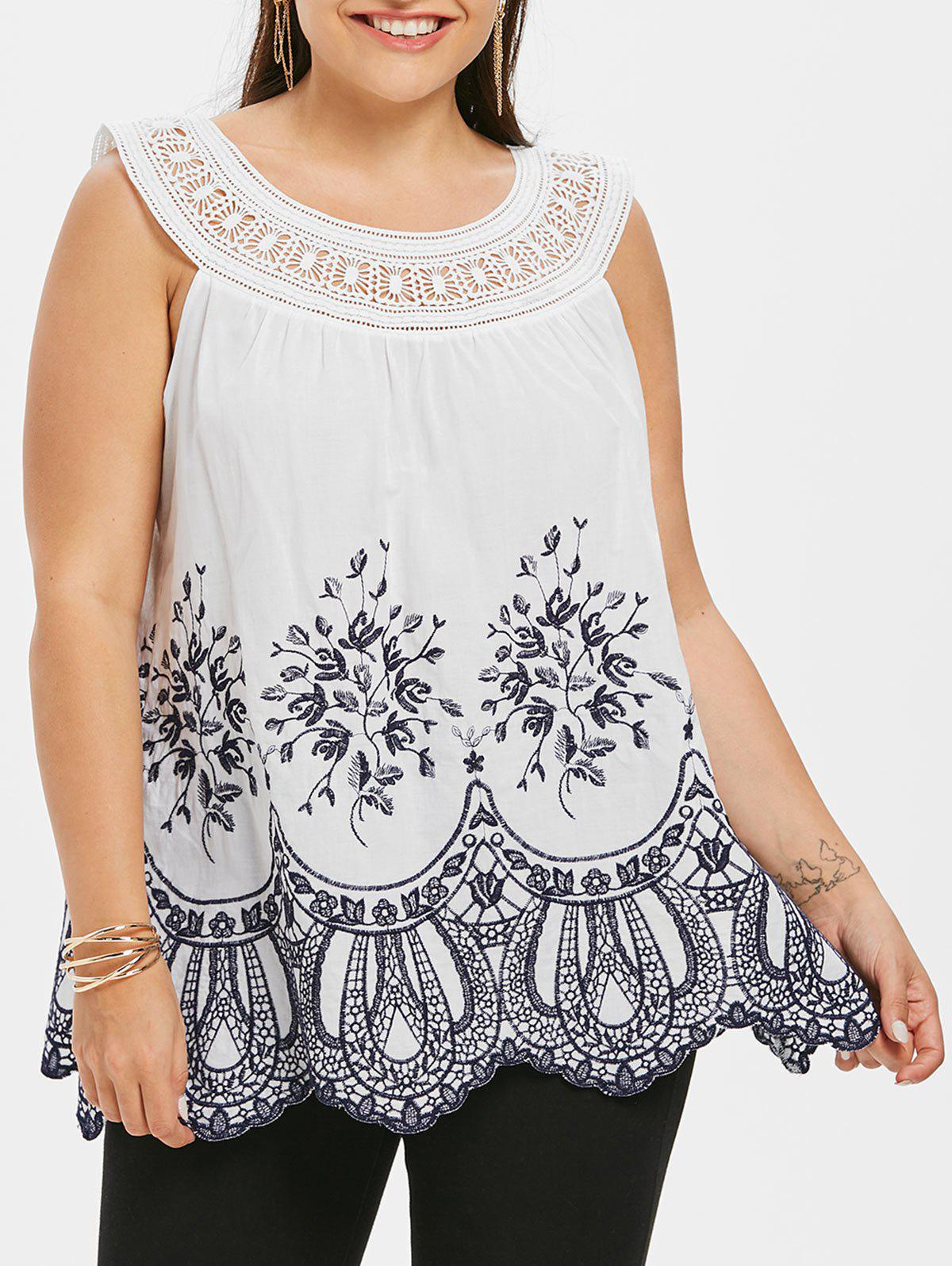 Round Neck Floral Embroidery Plus Size Top - WHITE L