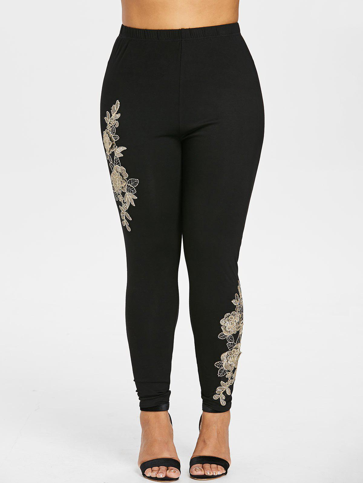 Plus Size Floral Embroidered Leggings - BLACK 4X