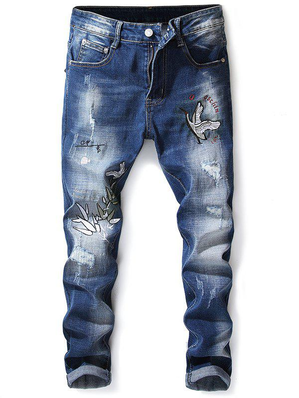 Crowned Crane Leaves Embroidery Hole Patches Jeans - BABY BLUE 32
