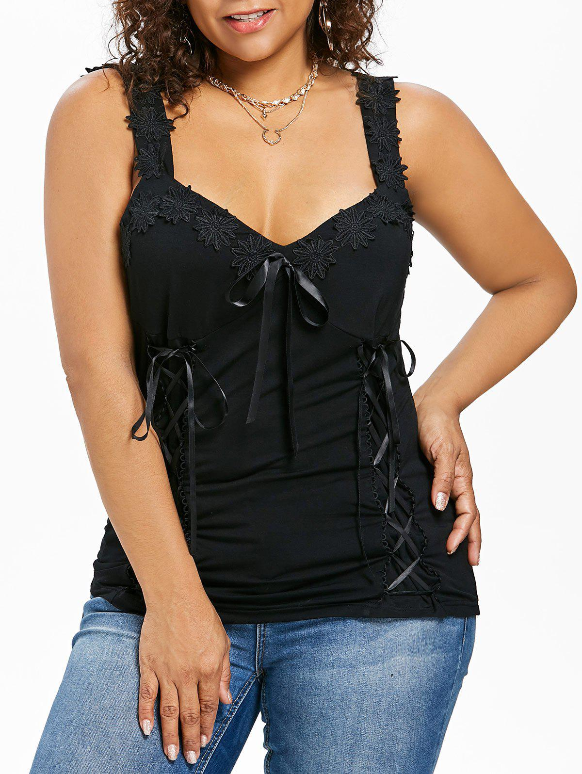 Plus Size Wide Strap Applique Flower Tank Top - BLACK 5X