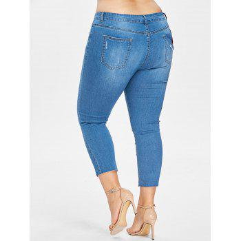 Plus Size Embroidered Ripped Cropped Jeans - DENIM BLUE 3X
