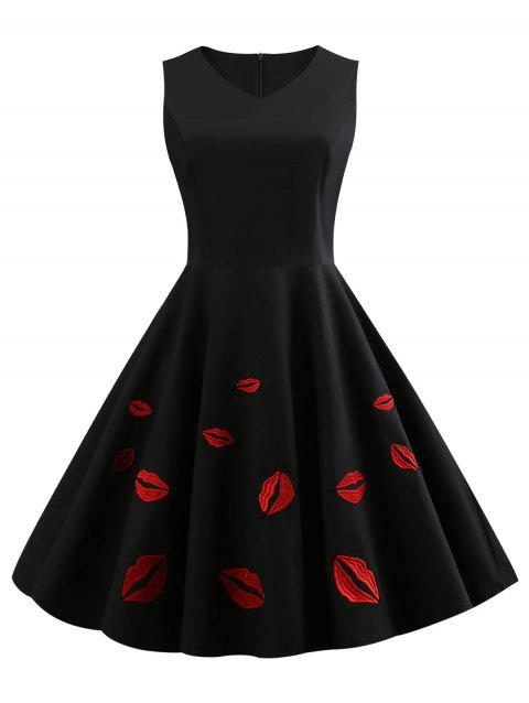 Red Lip Embroidery Sleeveless Swing Dress - BLACK M