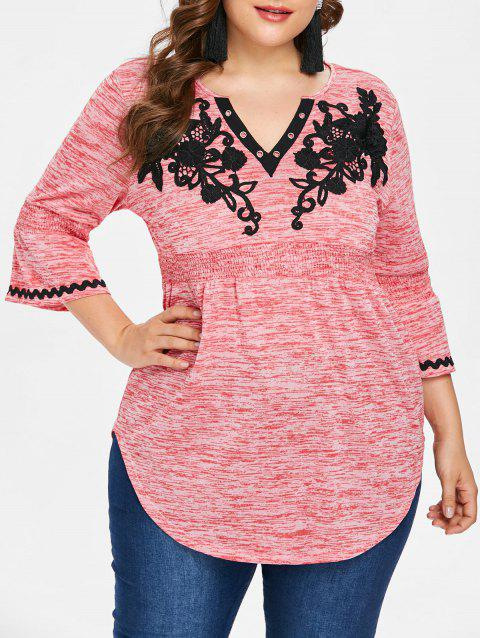 Plus Size Appliqued Bell Sleeve Curved T-shirt - LIGHT PINK 3X