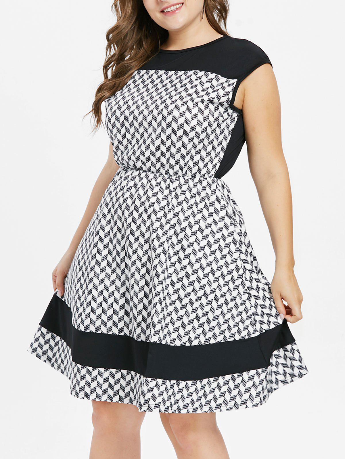Plus Size Color Block Flared Dress - BLACK L