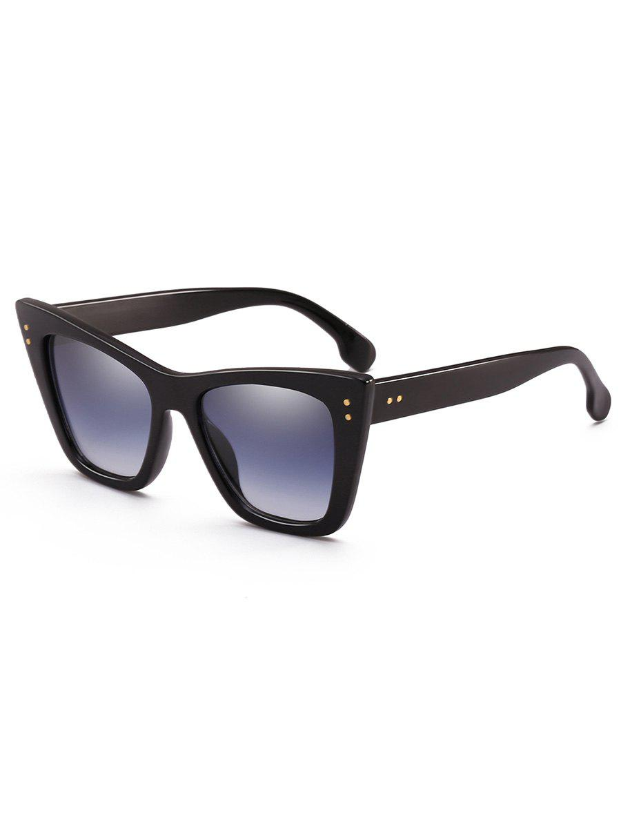 Statement Rivets Inlaid Flat Lens Sunglasses - BLACK
