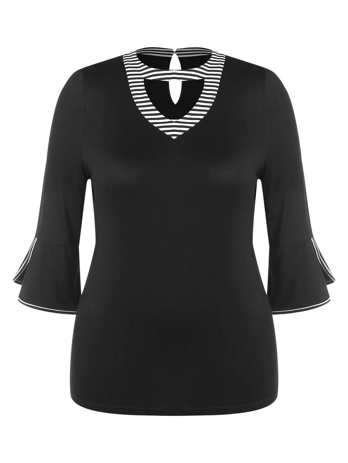 Contrast Cutout Neck Plus Size Bell Cuff Tee