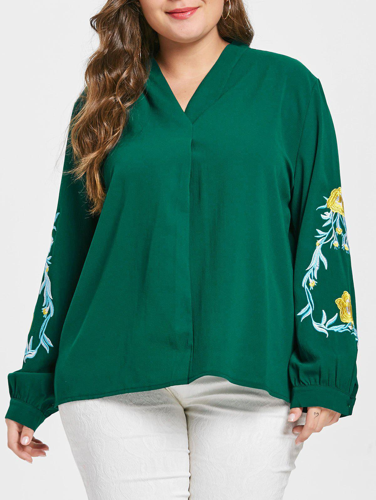 Plus Size Floral Embroidery V Neck Blouse
