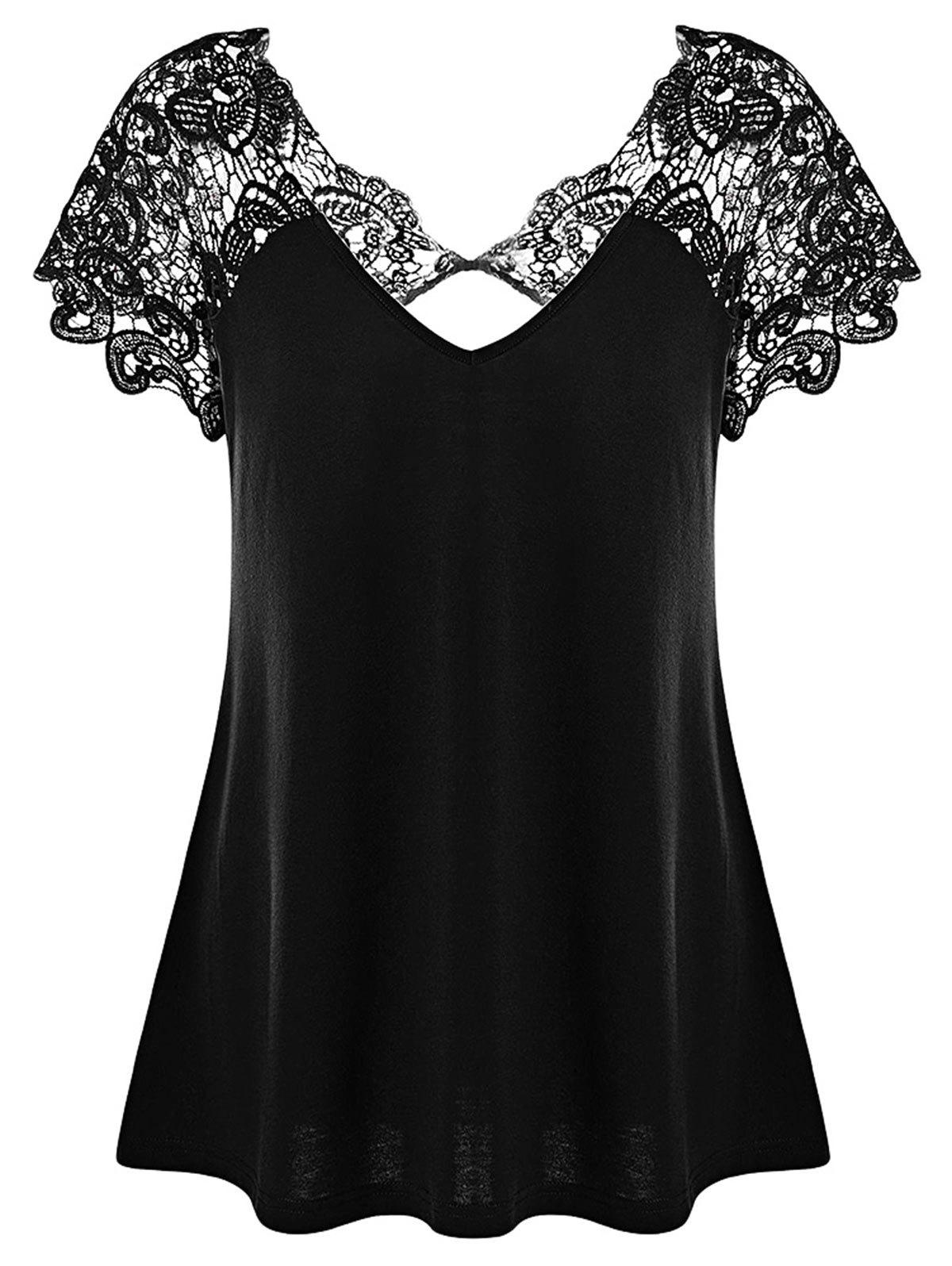 Plus Size Cutwork Lace Trim T-Shirt - BLACK 5XL