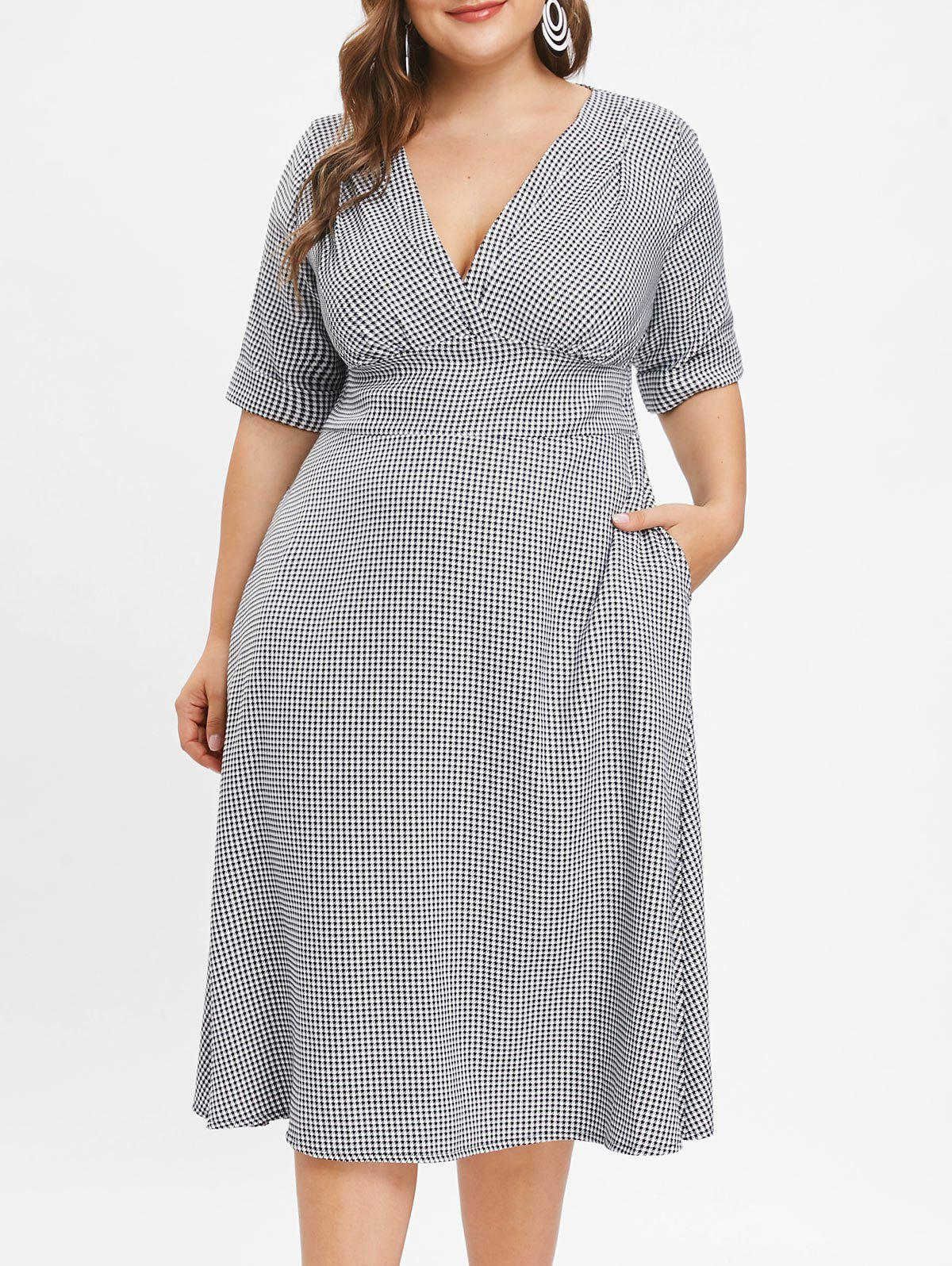 Plunge Houndstooth Print Plus Size A Line Dress - BLACK 3X