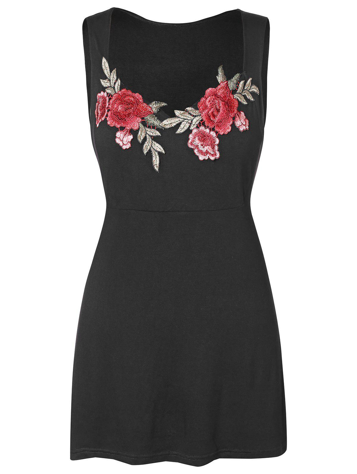 Plus Size Floral Embroidery Sweetheart Neck Tank Top - BLACK 3X
