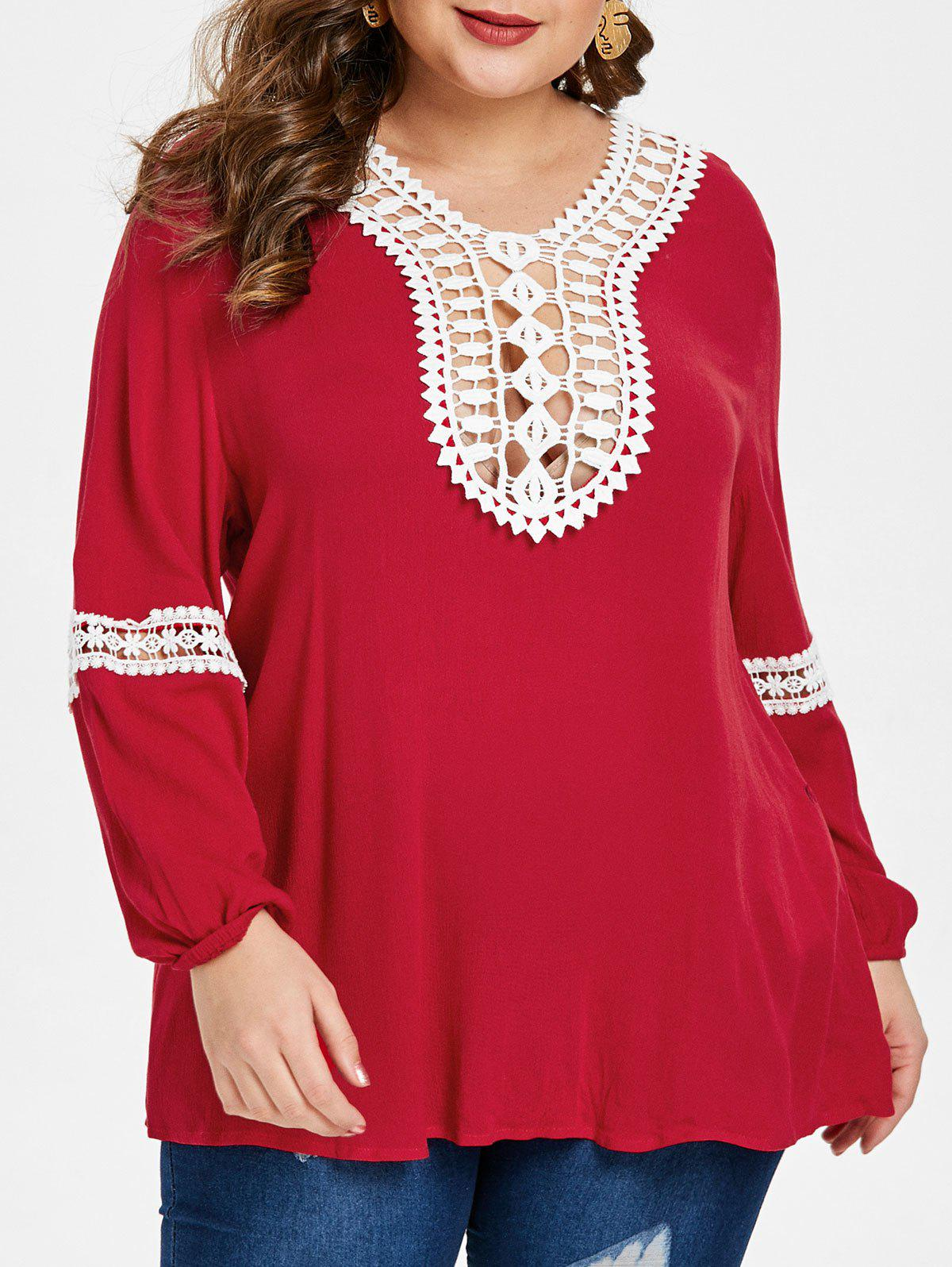 Plus Size Hollow Out Contrast Lace Blouse - RED 1X