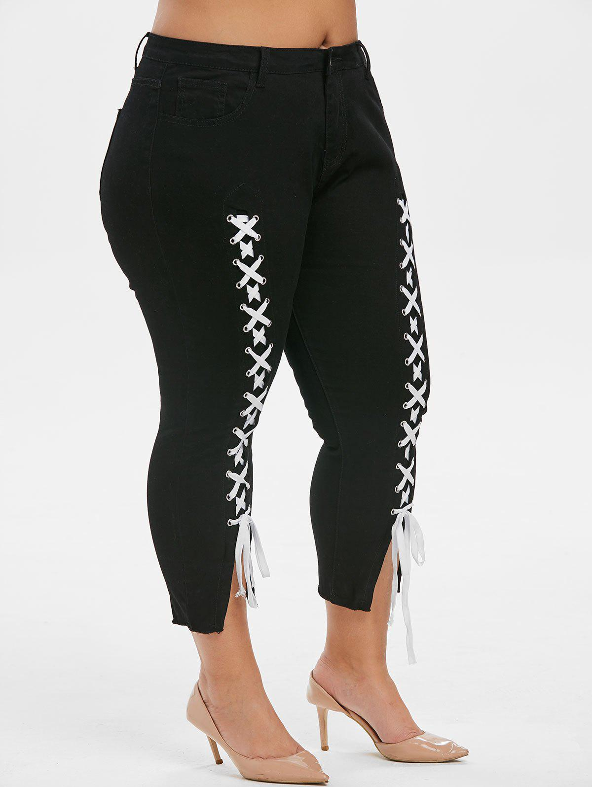 Plus Size Lace Up Frayed Cropped Jeans - BLACK L