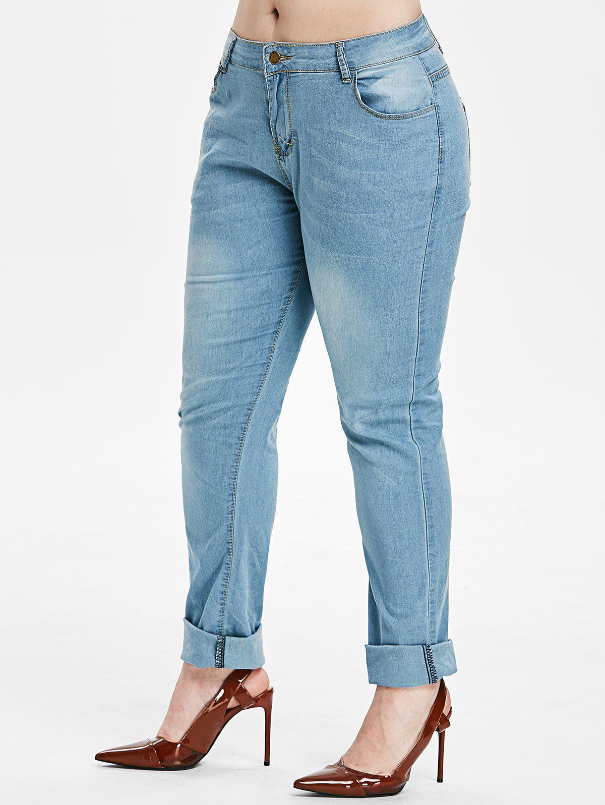 Light Wash Plus Size Pencil Jeans - LIGHT BLUE 5X