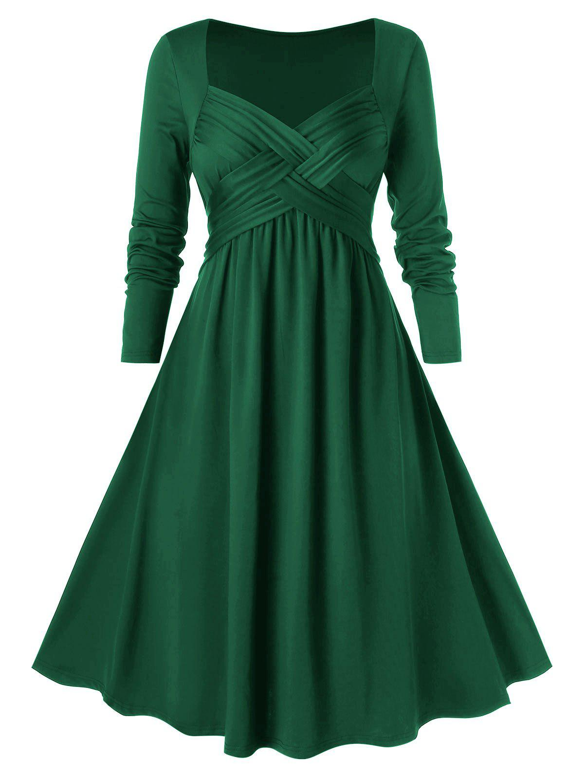 Plus Size Crossover Midi Flare Dress - MEDIUM SEA GREEN 3X
