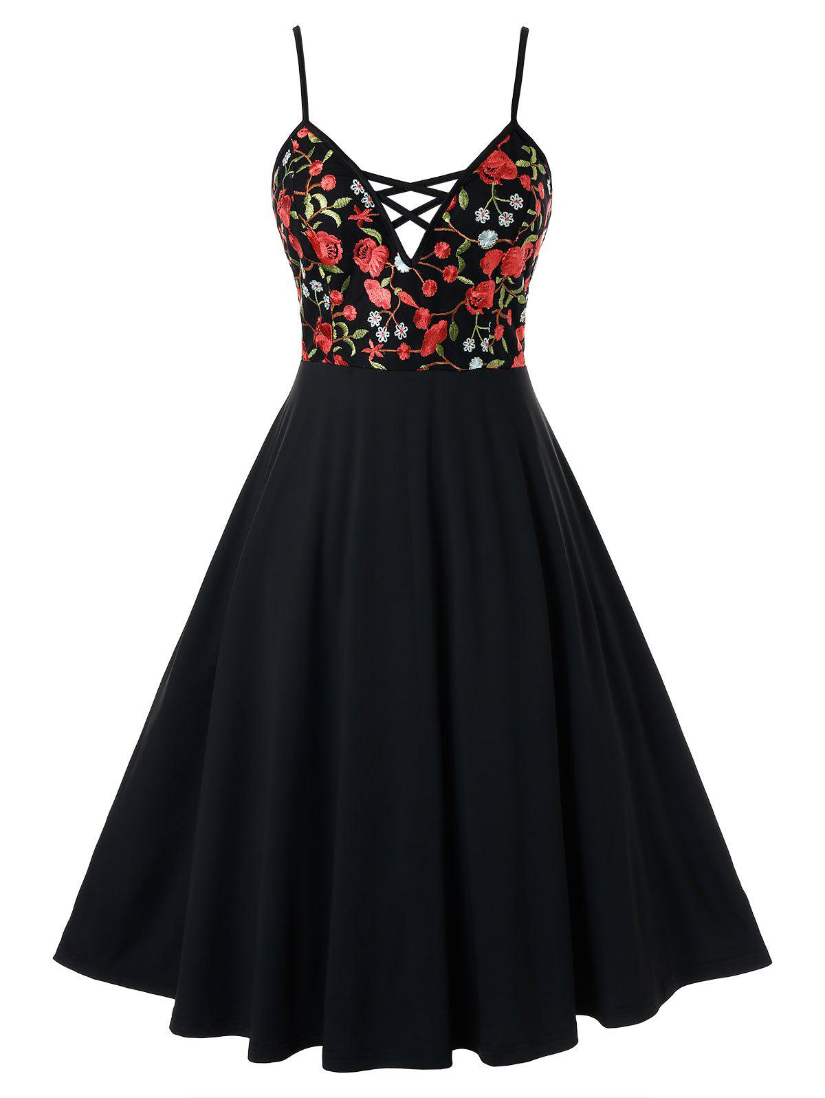 Plus Size Floral Embroidered Cami A Line Dress - BLACK 4X