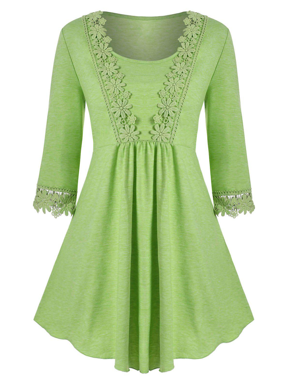 Scoop Laced Trim Plus Size Tunic Top - GREEN 5X
