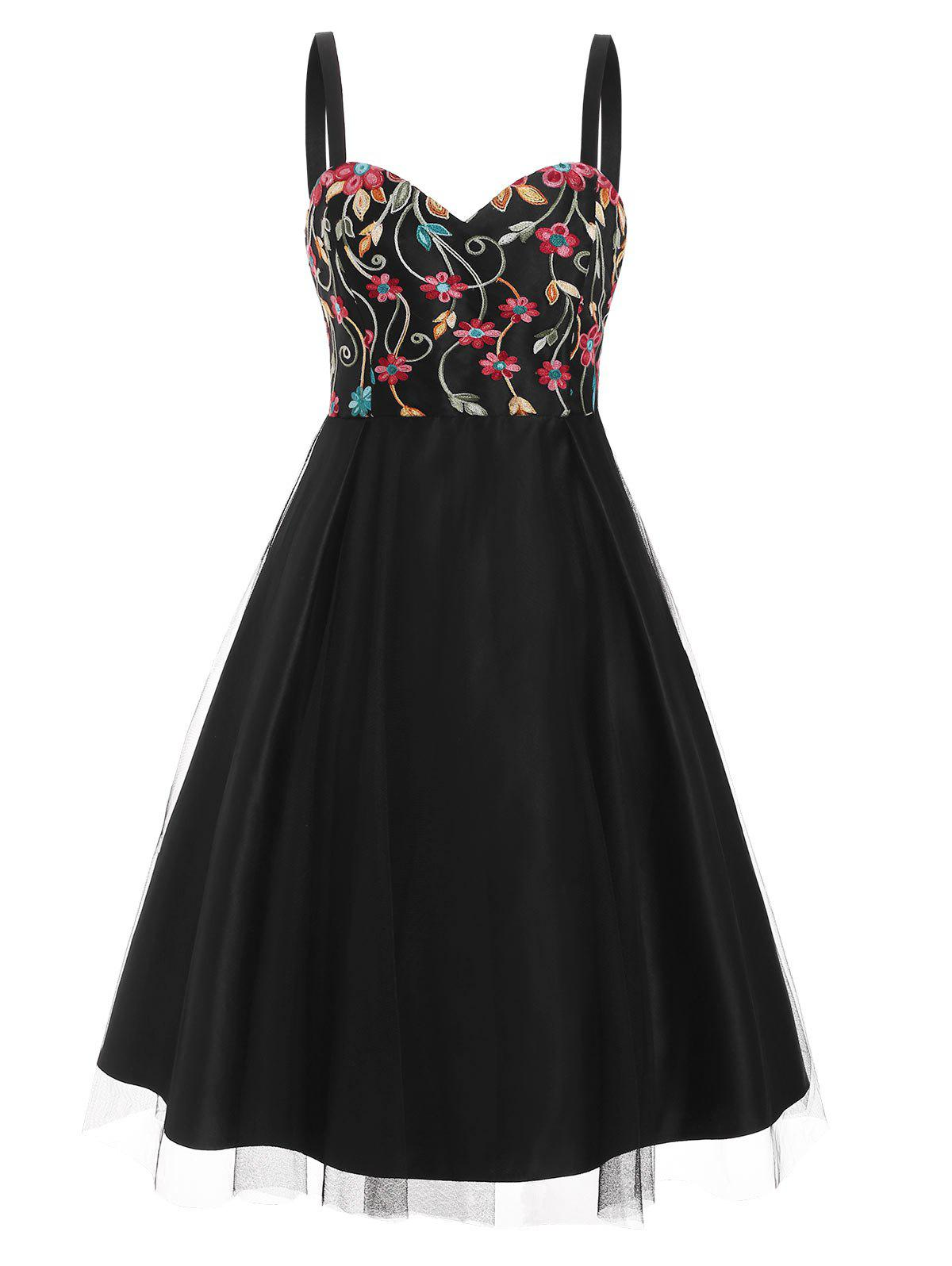 Flower Embroidered Lace Overlay Sweetheart Party Dress - BLACK M
