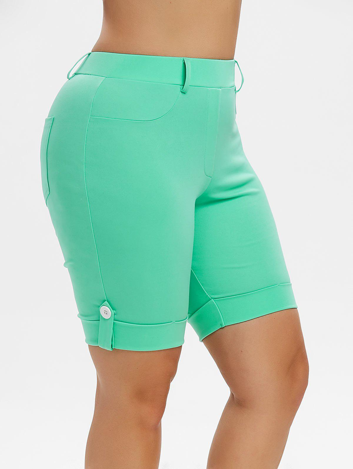 Plus Size Pockets Cuffed Shorts - LIGHT AQUAMARINE 4X