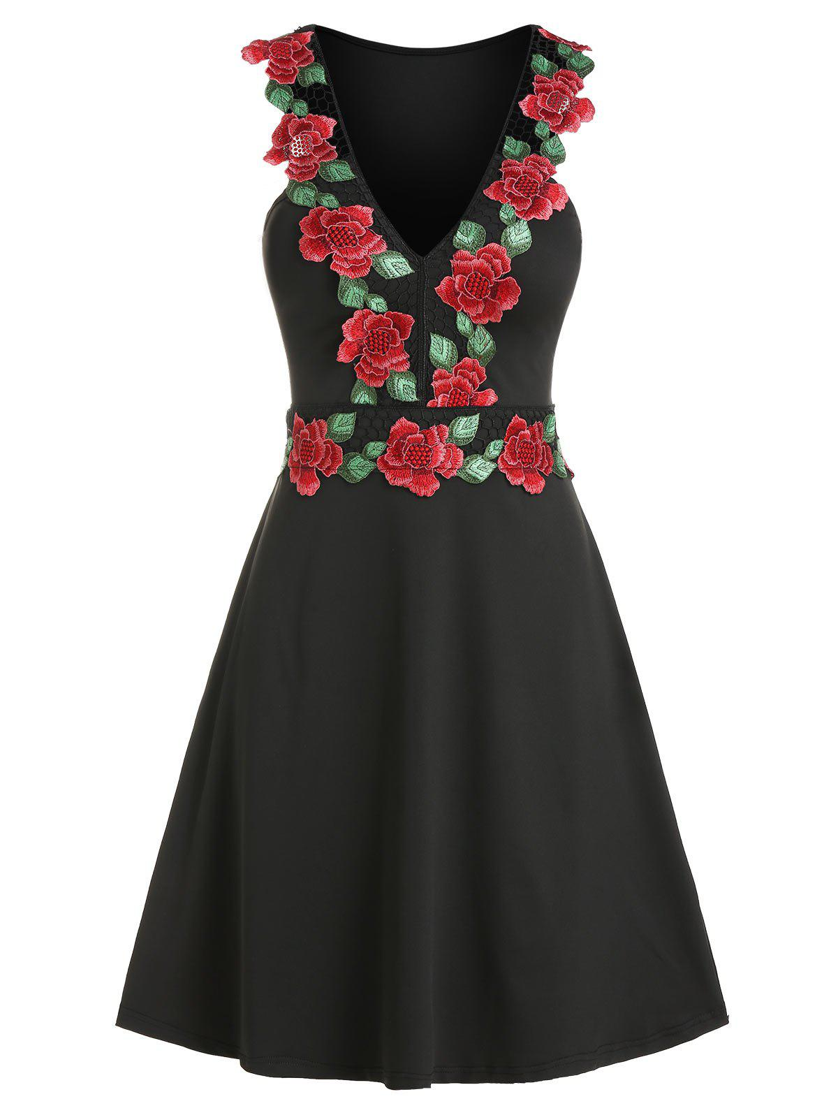 Floral Embroidery V Neck Mini Sleeveless Dress - BLACK L