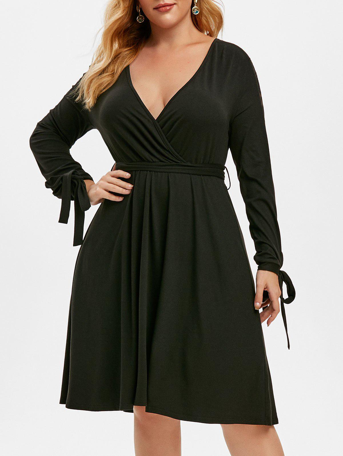 Plus Size Lace Insert Tie Sleeve Plunge Dress - BLACK 5X