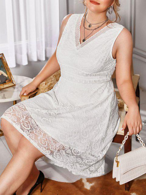 Plus Size V Neck Butterfly Pattern Lace Dress