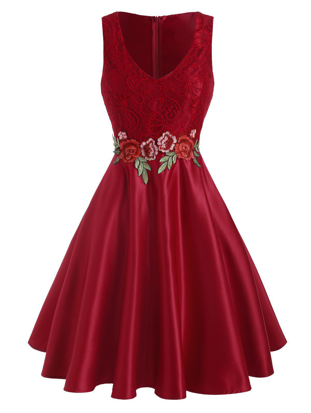 Lace Panel Floral Embroidered Applique Party Dress - RED M