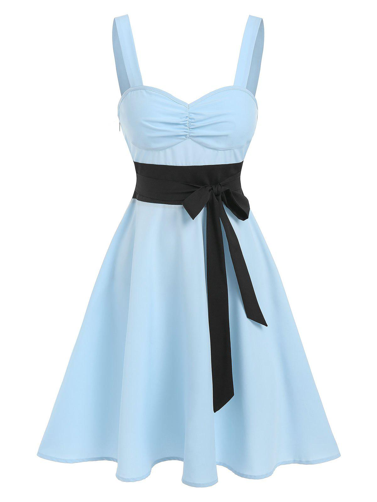 Two Tone Bowknot Ruched Flare Dress - LIGHT BLUE XXXL