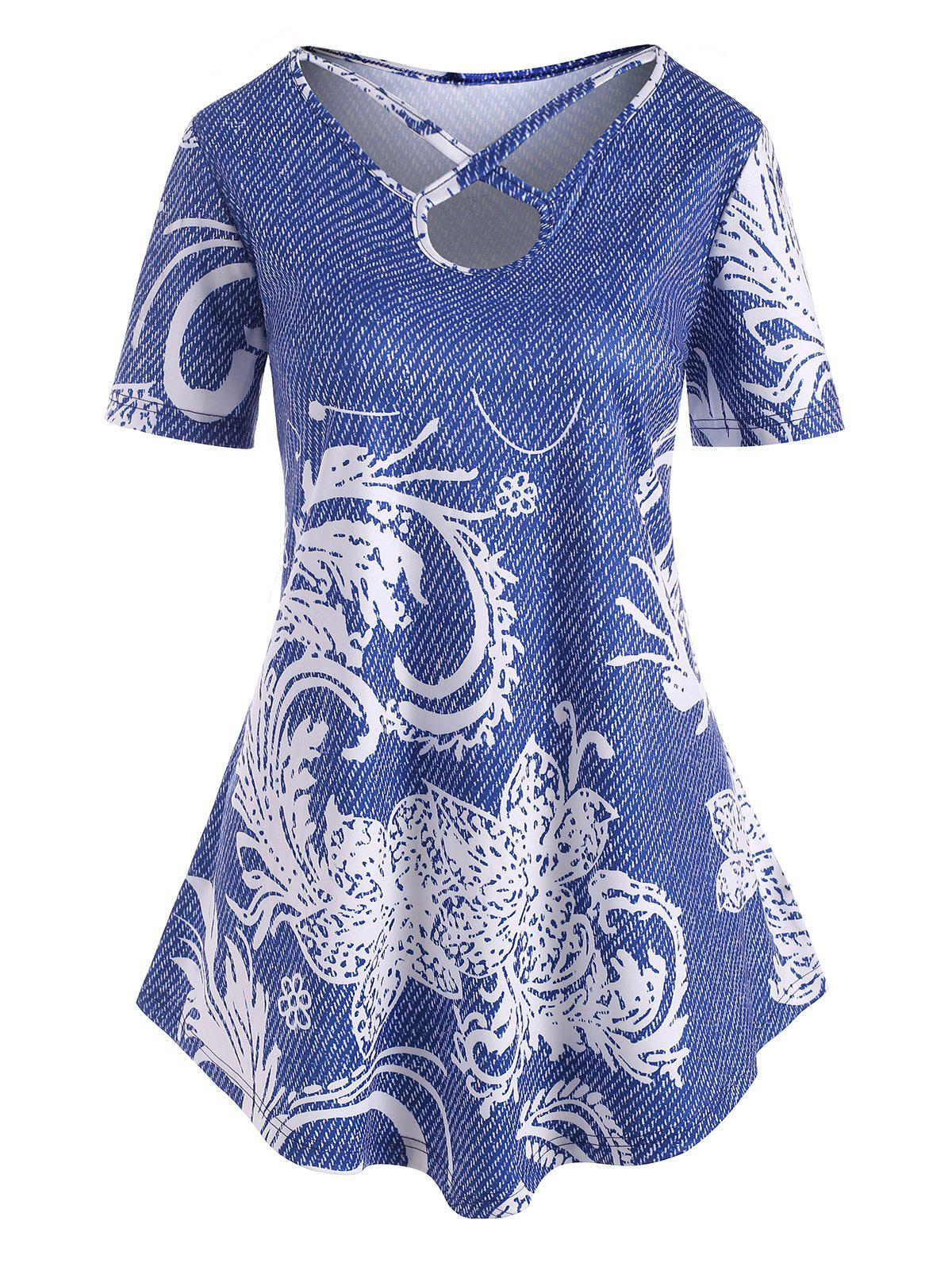 Plus Size Keyhole Criss Cross Printed Tunic Tee - BLUE 5X