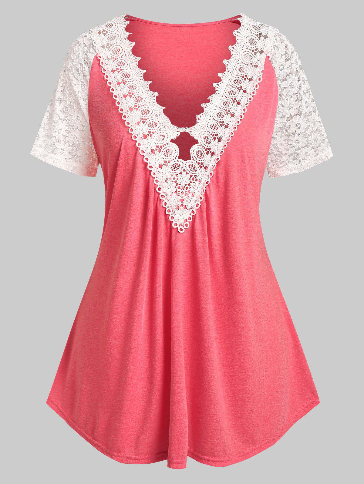 Plus Size Plunging Neck Lace Panel Tee - LIGHT PINK 5X