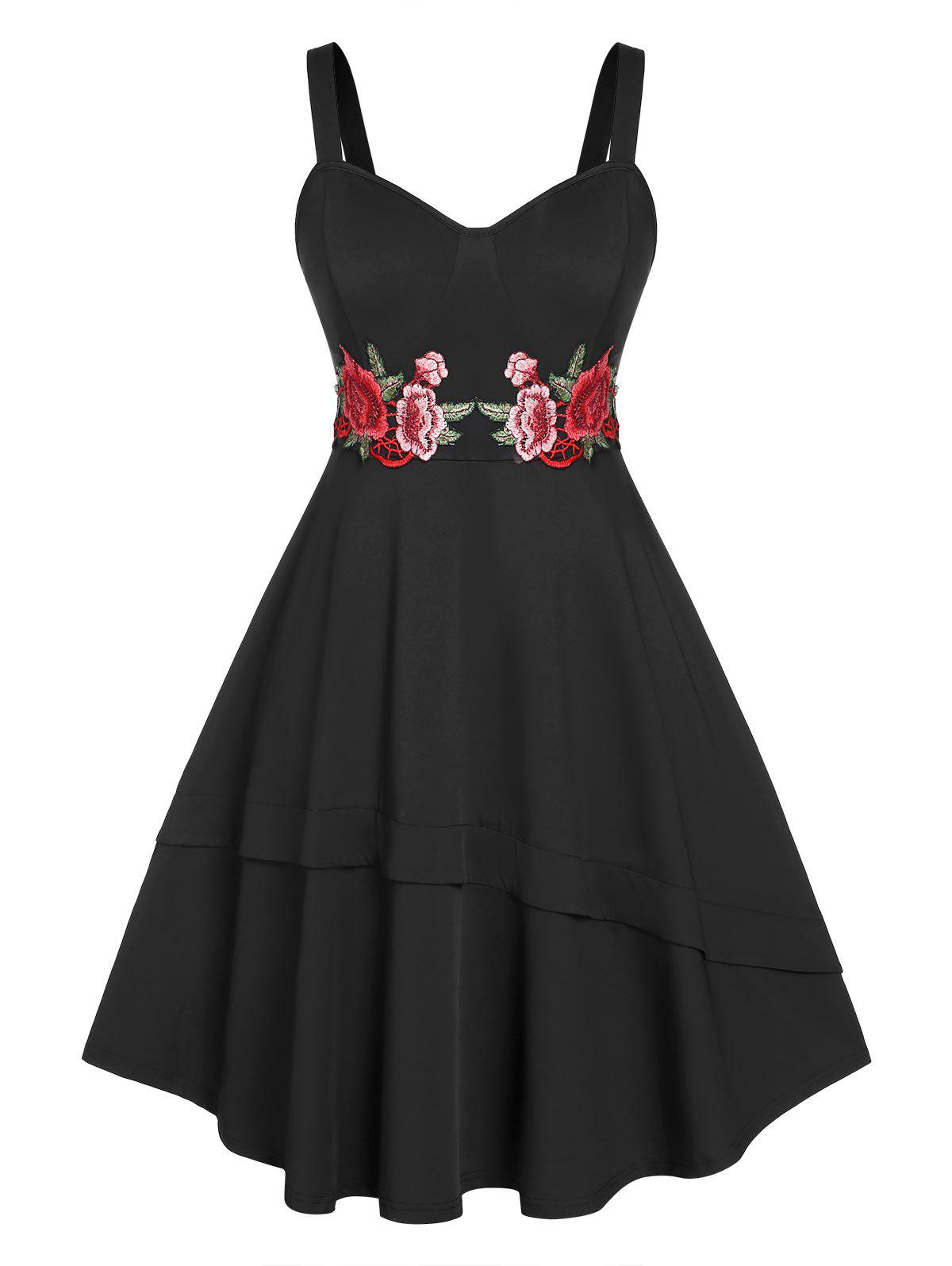 Plus Size Embroidered Flower Flounce Dress - BLACK 5X