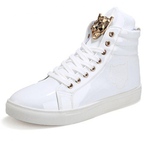 Stylish Metal Decoration Leisure Sneakers - WHITE 45