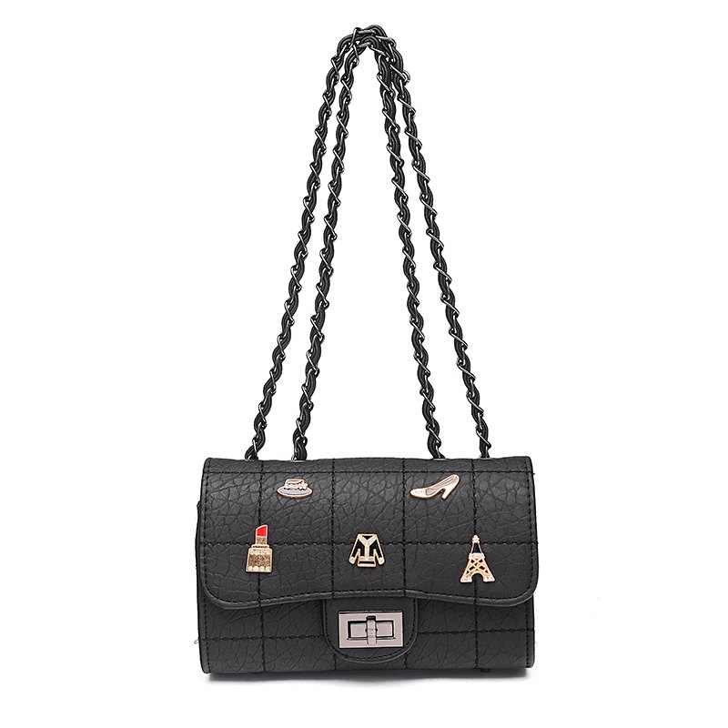 Chain Badge Leisure Slant Bag - BLACK